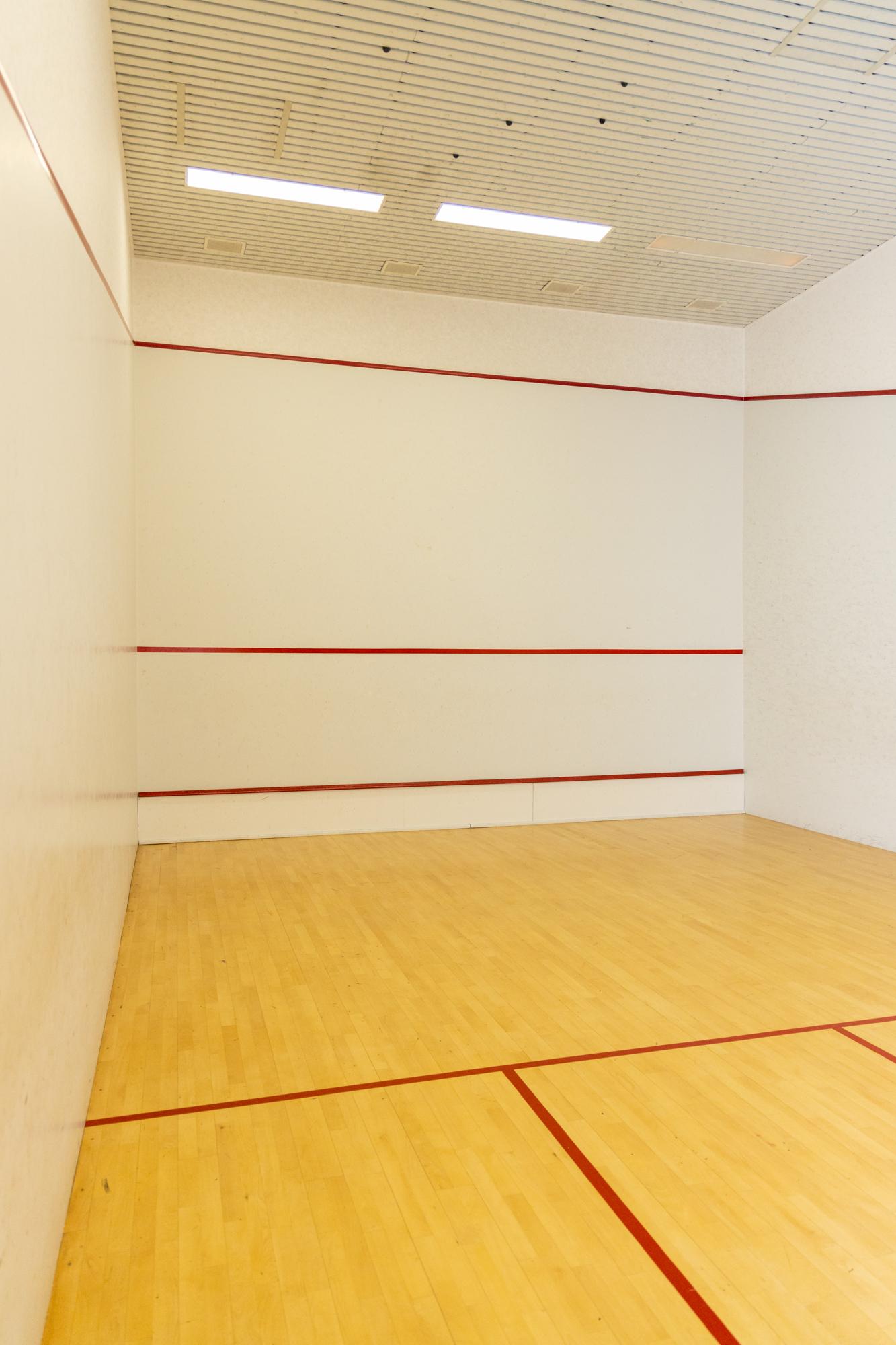 STARTPLATZ Ober St. Veit Squash-Halle